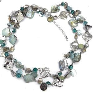 OCEAN AIR / GALA Retired lia sophia necklace